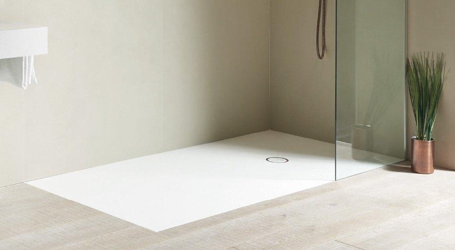 Piatti doccia tagliabili su misura: tutte le soluzioni personalizzate di Idea di Idroterm