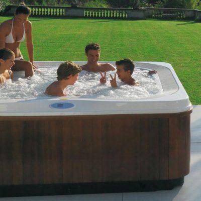 Mini-piscine: la nuova frontiera del relax